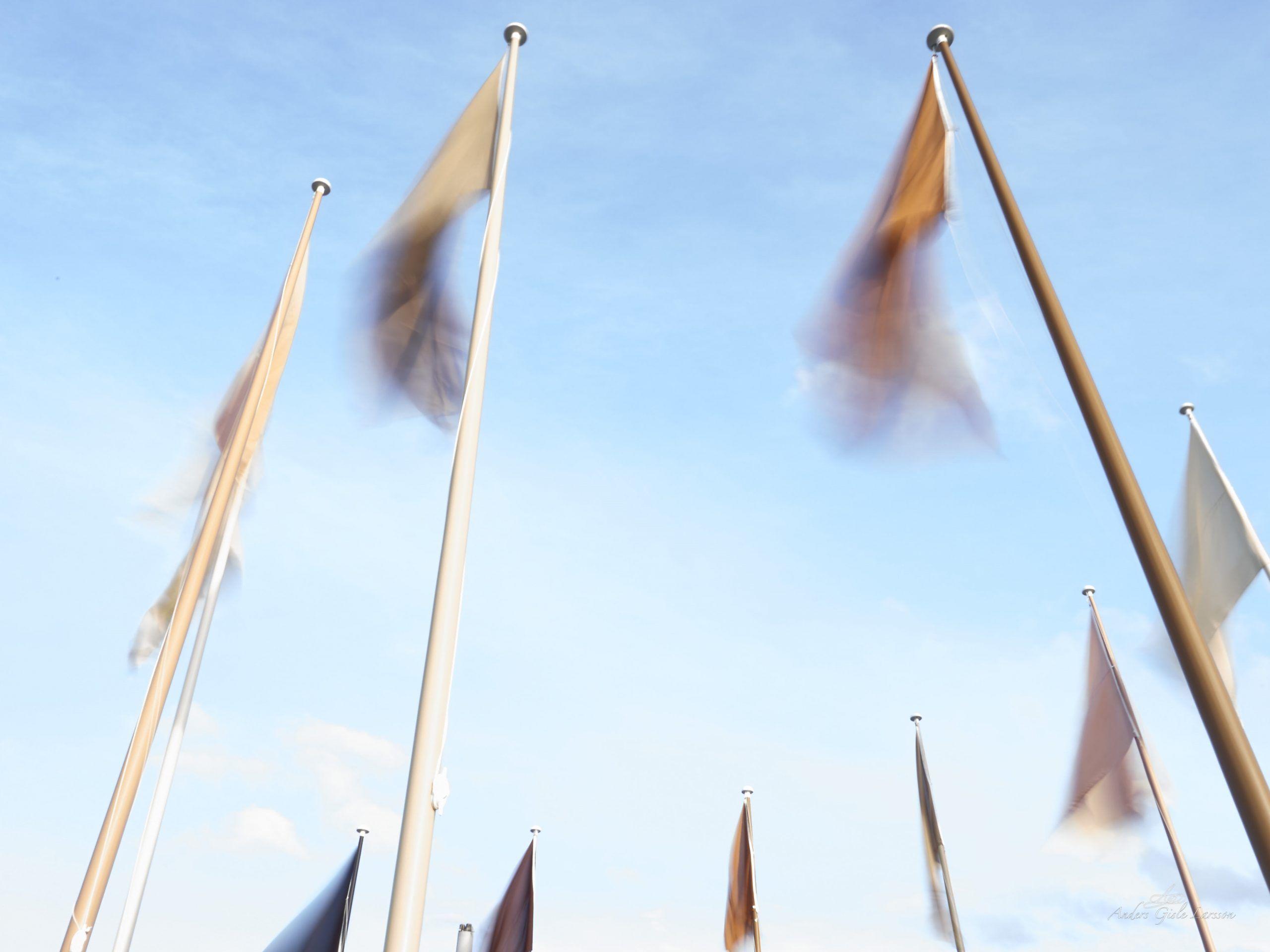 Som vinden blæser, Uge 32, Jens Otto Krags Plads, Randers